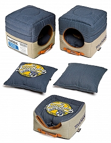 Touchdog Convertible And Reversible Vintage Printed Squared 2-In-1 Collapsible Dog House Bed - Medium